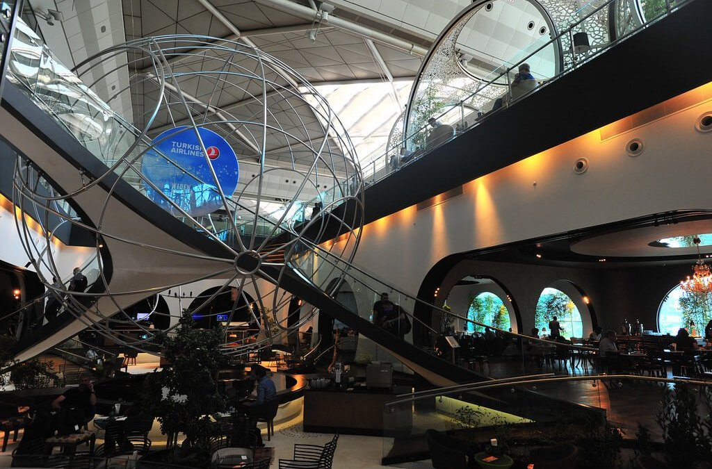 "Turkish Airlines First Class & ""Lounge Istanbul"": Best Airline Lounge In The World?"