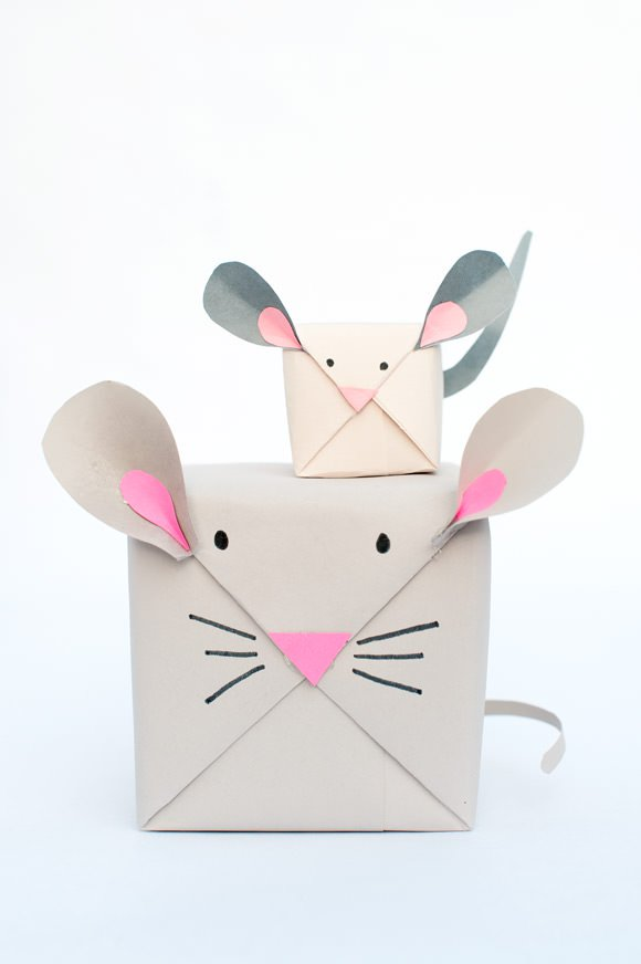 christmas wrapping gift mouse