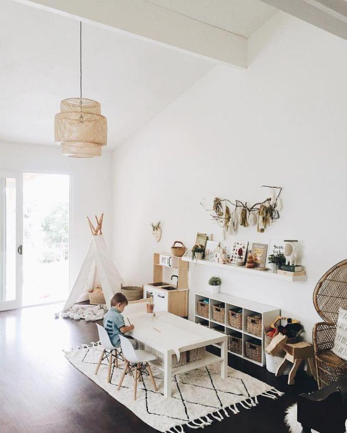 montessori bedroom - habitacion infantil - dormitorio montessori - big space - light