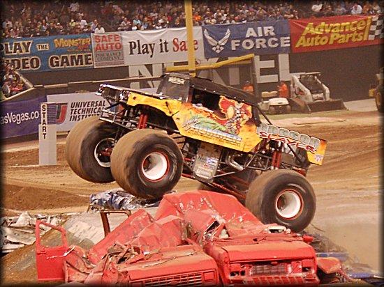 Grave Digger 2005 Broke