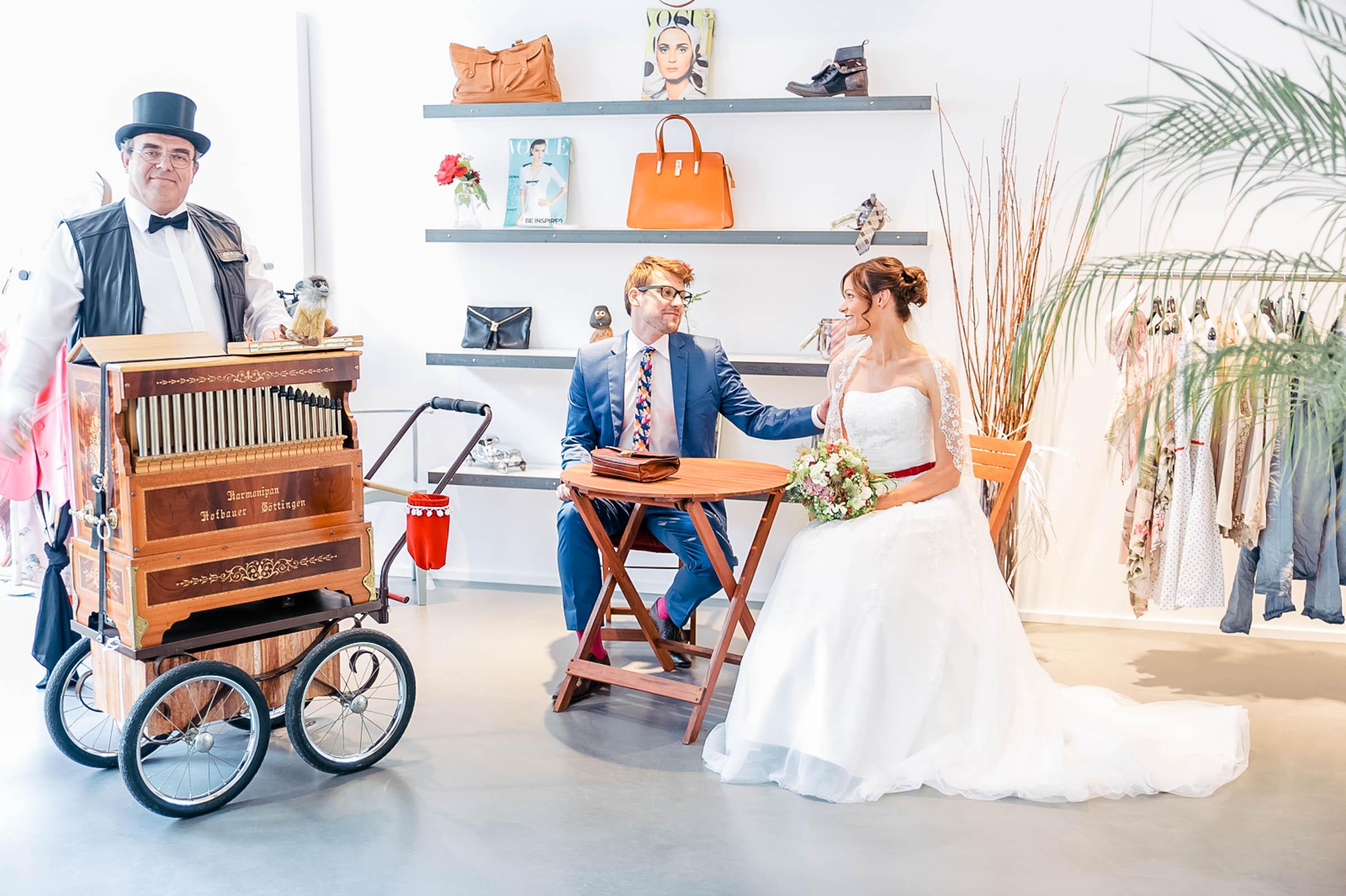 Monstergraphie_Hochzeitsreportage_Siegen-22.jpg?fit=2402%2C1600