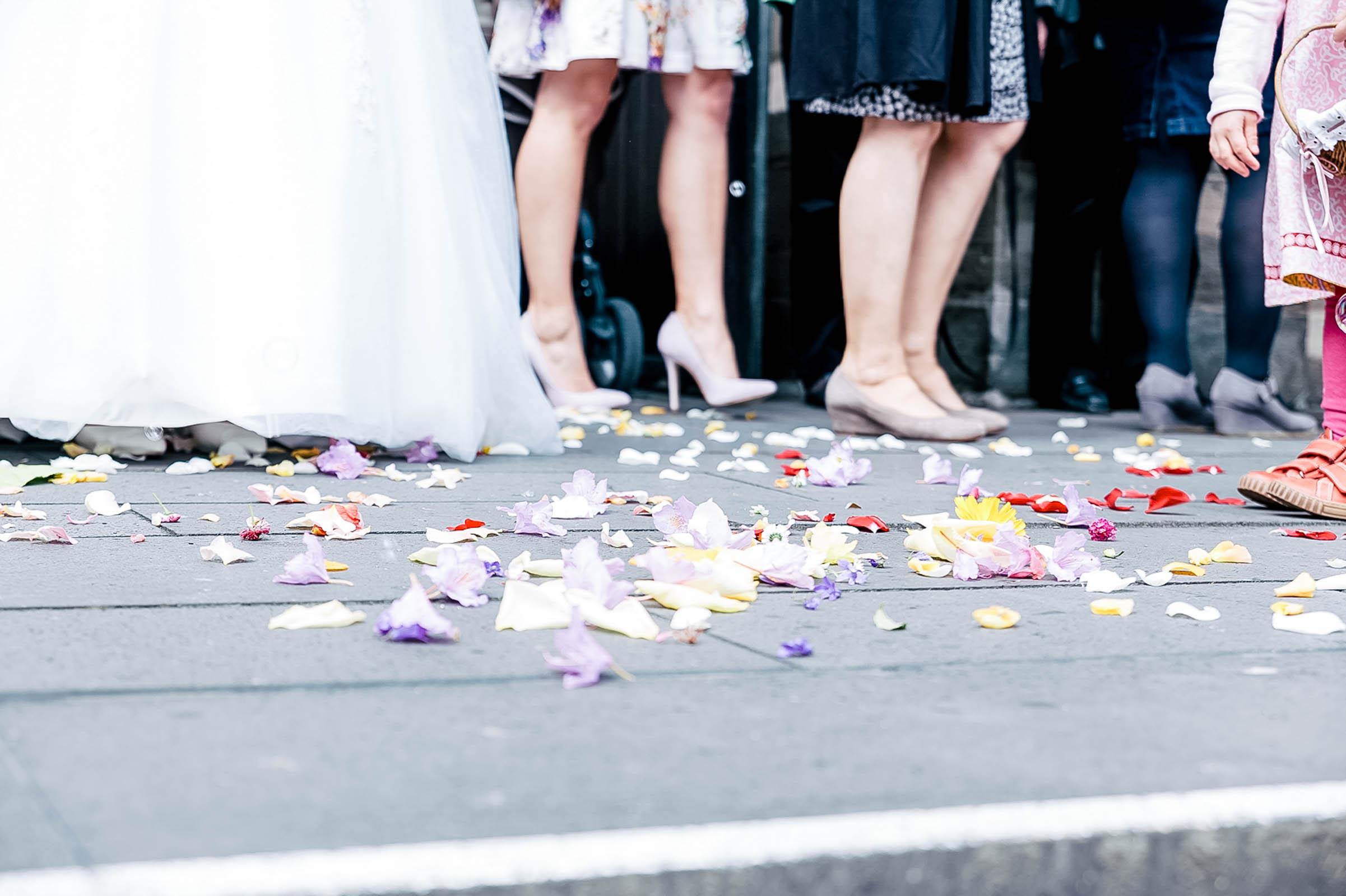 Monstergraphie_Hochzeitsreportage_Siegen-35.jpg?fit=2402%2C1600