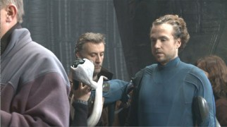The crew prepares the prosthetic arm and the 'breaker' Hammerpede.