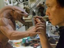 Steve Wang sculpts the Uber Lycan maquette.