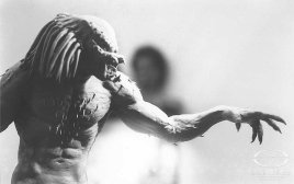 The Predator maquette, sculpted by Wayne Strong.