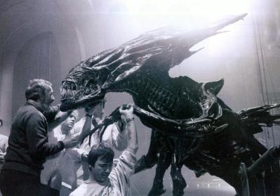 AliensQueenWinston