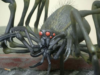 Jordu Schell's original spider creature maquette, which closely follows the description from the novella.
