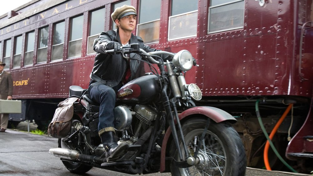 Shia Labeouf in moto