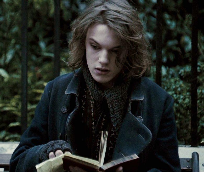 Grindelwald da giovane nei flashback