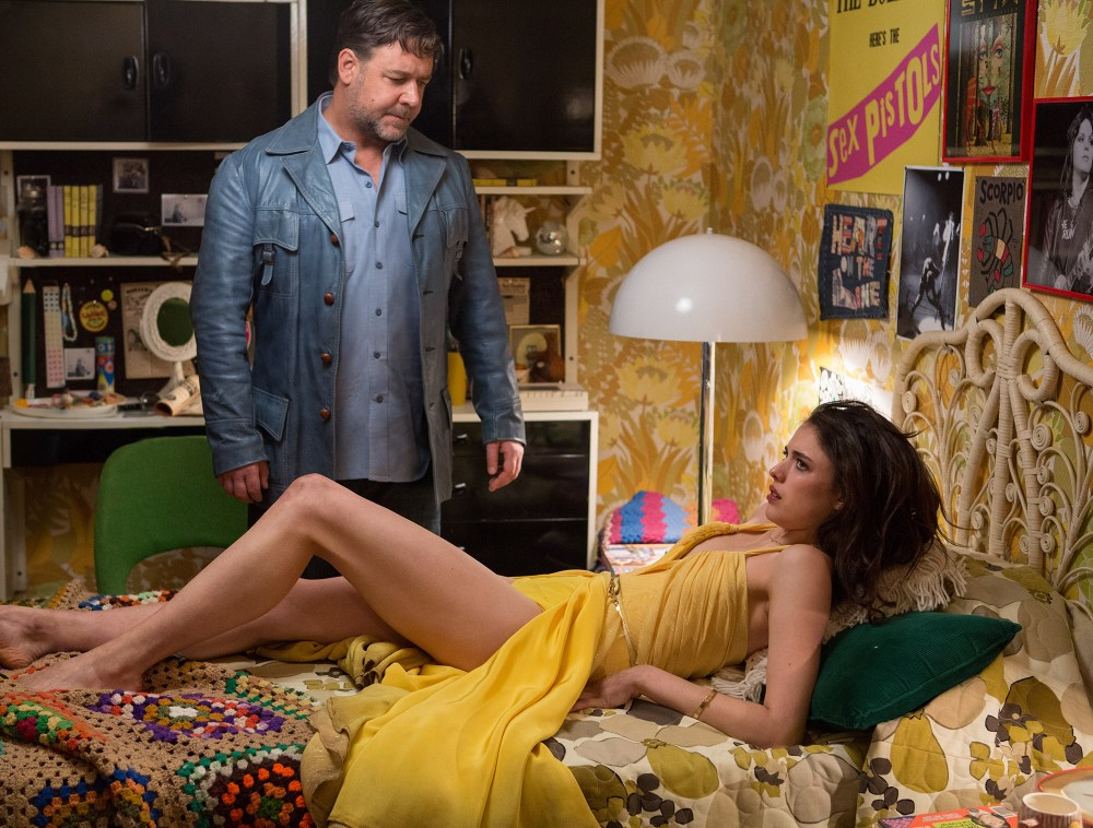 the-nice-guys-russell-crowe-margaret-qualley-hot-girl