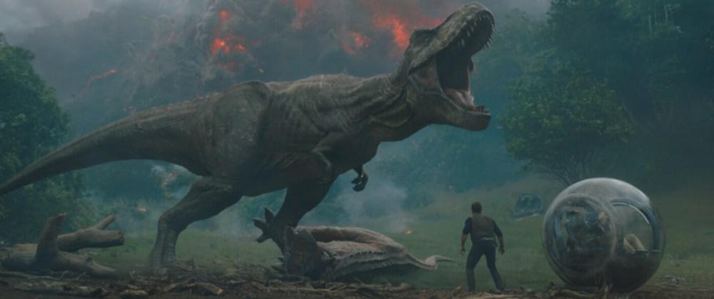 Jurassic_World_Il_Regno_Distrutto_Trailer_t_Rex_Pratt_Recensione_Reaction.jpg