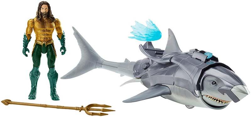 Aquaman giocattolo con squalo acquista qui