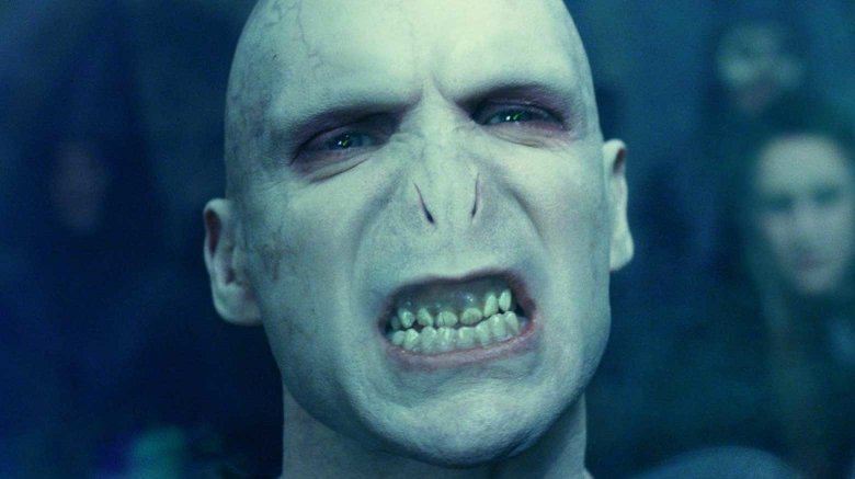 Primo piano di Voldemort in Harry Potter