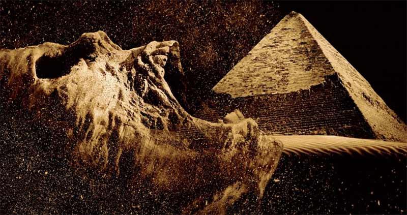 The Pyramid poster promozionale