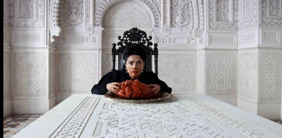 Salma Hayek cuore di drago