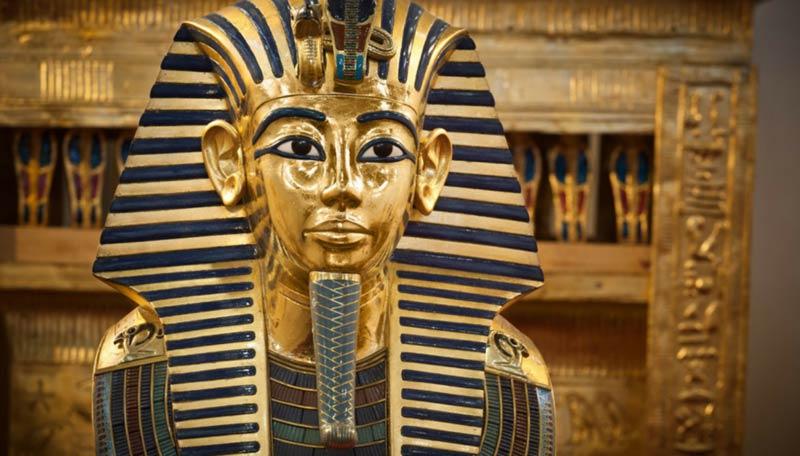 Maschera funeraria Tutankhamon Museo del Cairo