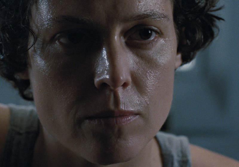 Sigourney Weaver protagonista Aliens