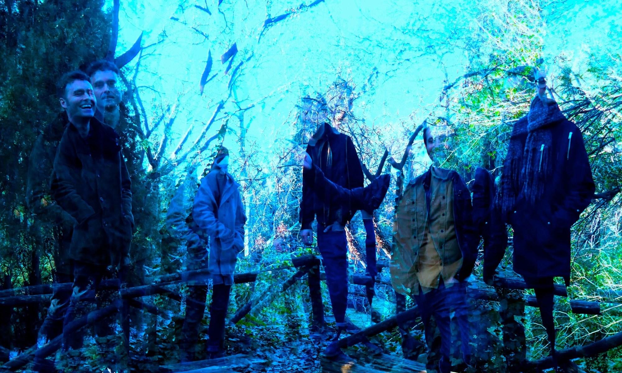 Holy Monitor Band Photo