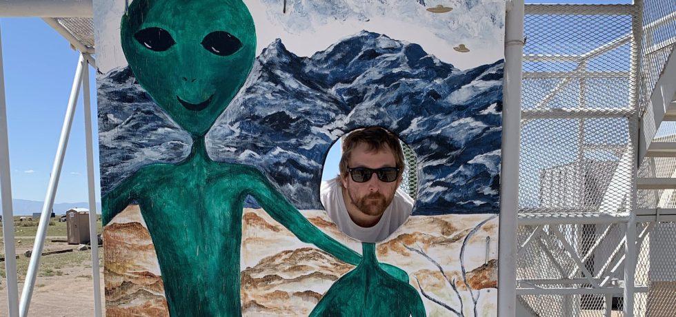 Quinn Schwartz and Aliens