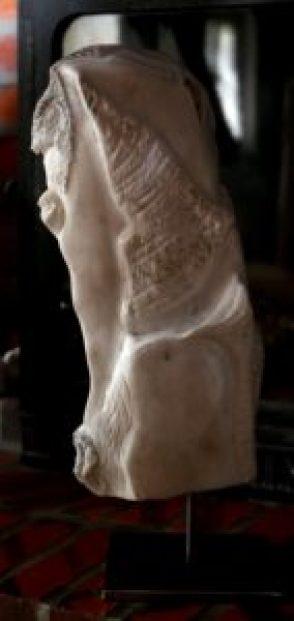 Befana, «Marbre blanc de Louvie-Soubiron»