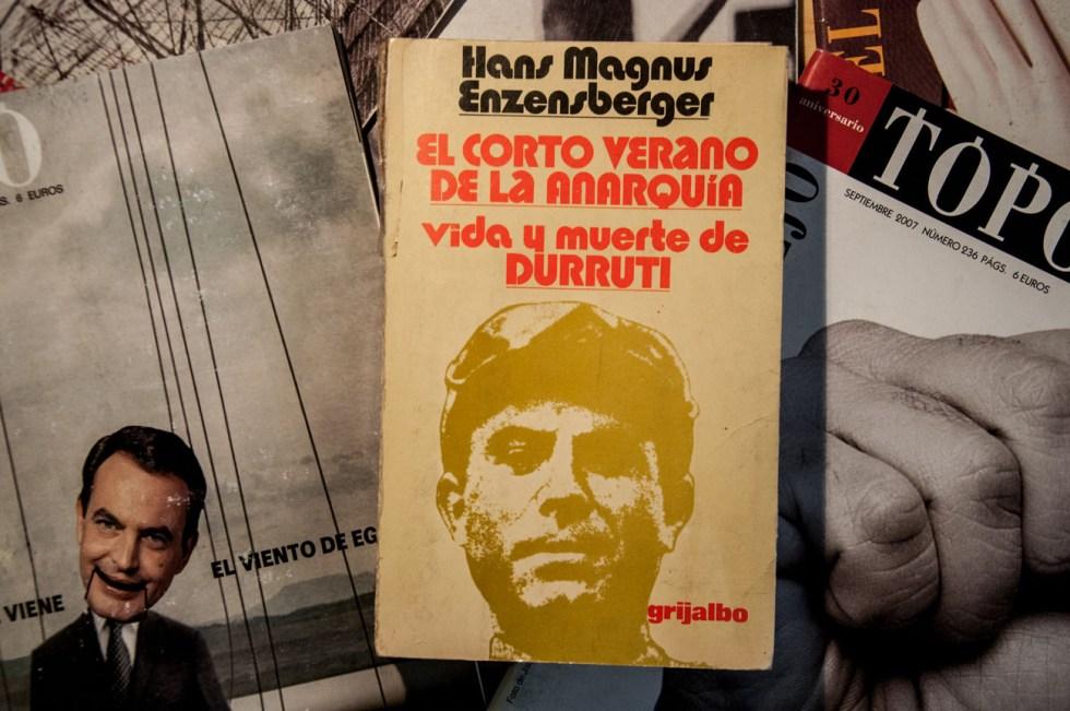 livros El corto verano de la anarquía: vida y muerte de Durruti - Hans Magnus Enzensberger
