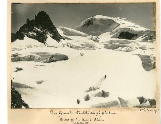 Des Grands Mulets au Grand Plateau Ascension du Mont-Blanc