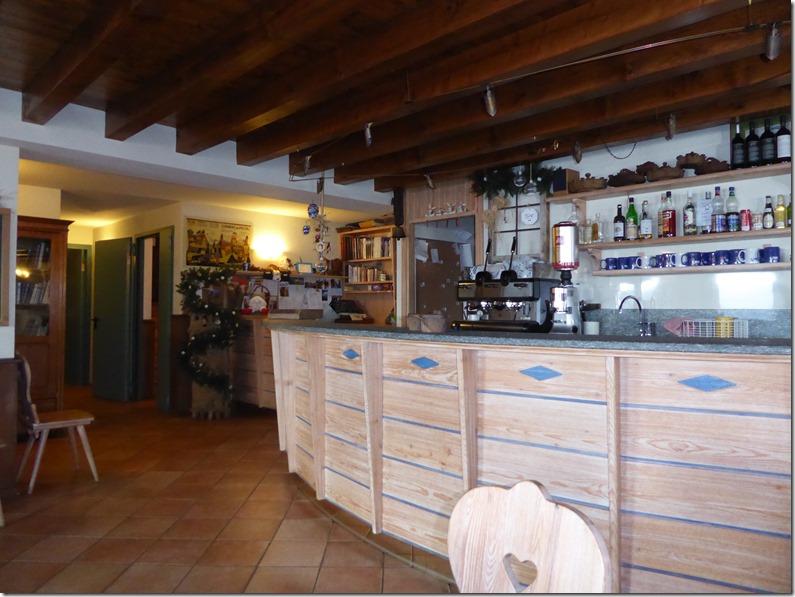 Intérieur du refuge Bonatti