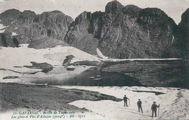 Gavarnie - Lac glacé et Pics d'Astazou
