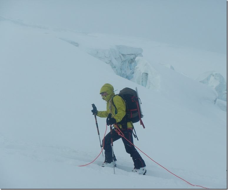127 Skieuse