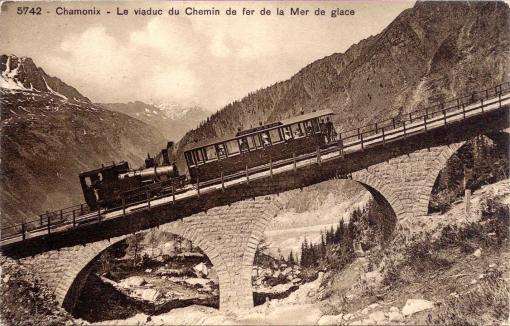 Le viaduc du Chemin de fer de la Mer de Glace