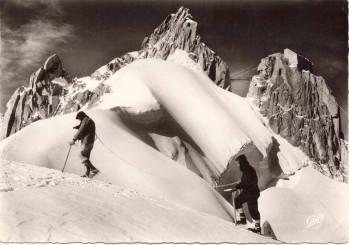Alpinistes à l'Aiguille du Midi