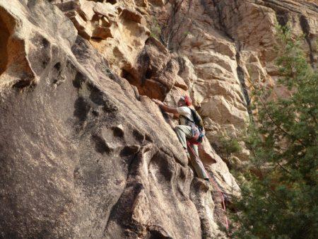 Escalade Terrain d'aventure en Corse