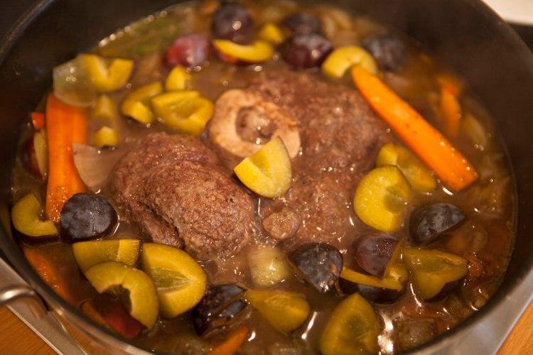 "Linseneintopf ""Ossobuco"", Suppe, Eintopf, Rezept, Rinderbeinscheibe, Beinscheibe, Linsen, Food, Blog, Solawi, Foto: Kirsten Turba, www.montagssuppe.de"