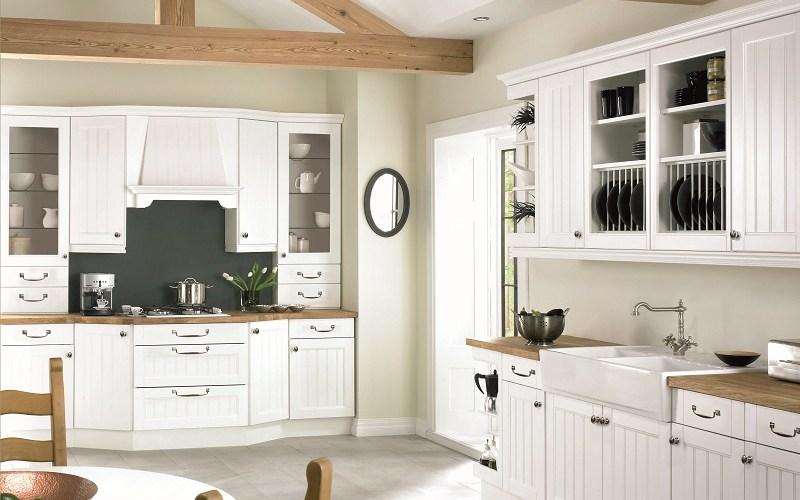 traditional kitchen, mereway kitchens, boston white