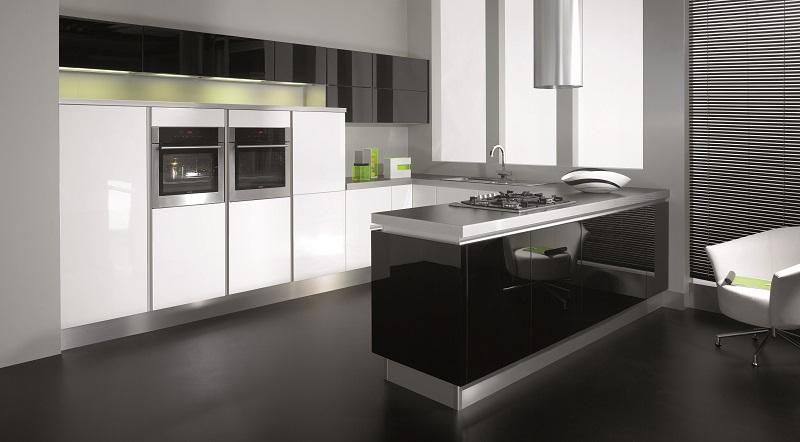white gloss kitchen, mereway, futura