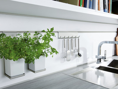 schuller kitchens, herb pots