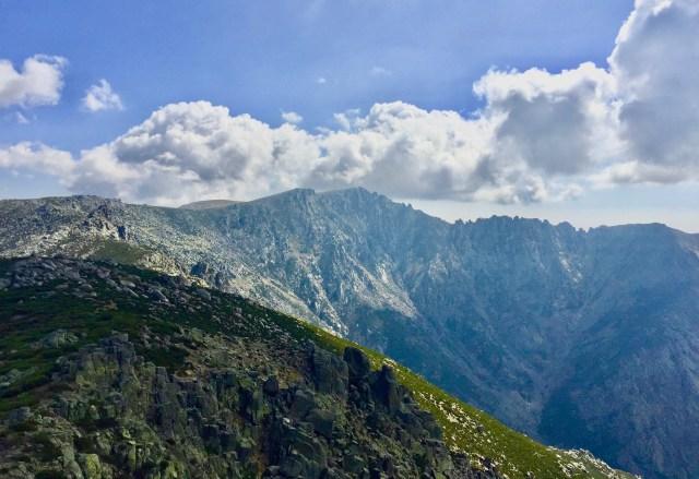 La Mira vista desde la cima de Los Campanarios.