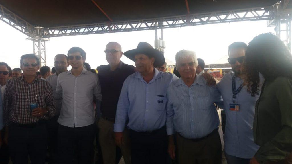 Diretor da Rádio Montanheza é homenageado na 32ª Expô Paracatu