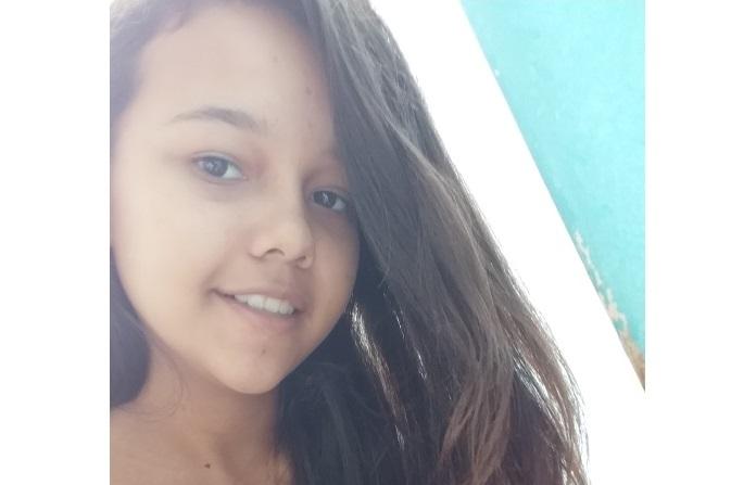 Família procura por adolescente desaparecida em Guarda-Mor