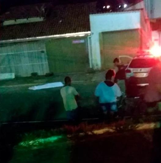 Homem é morto a facadas em Vazante; Autor ainda não foi localizado
