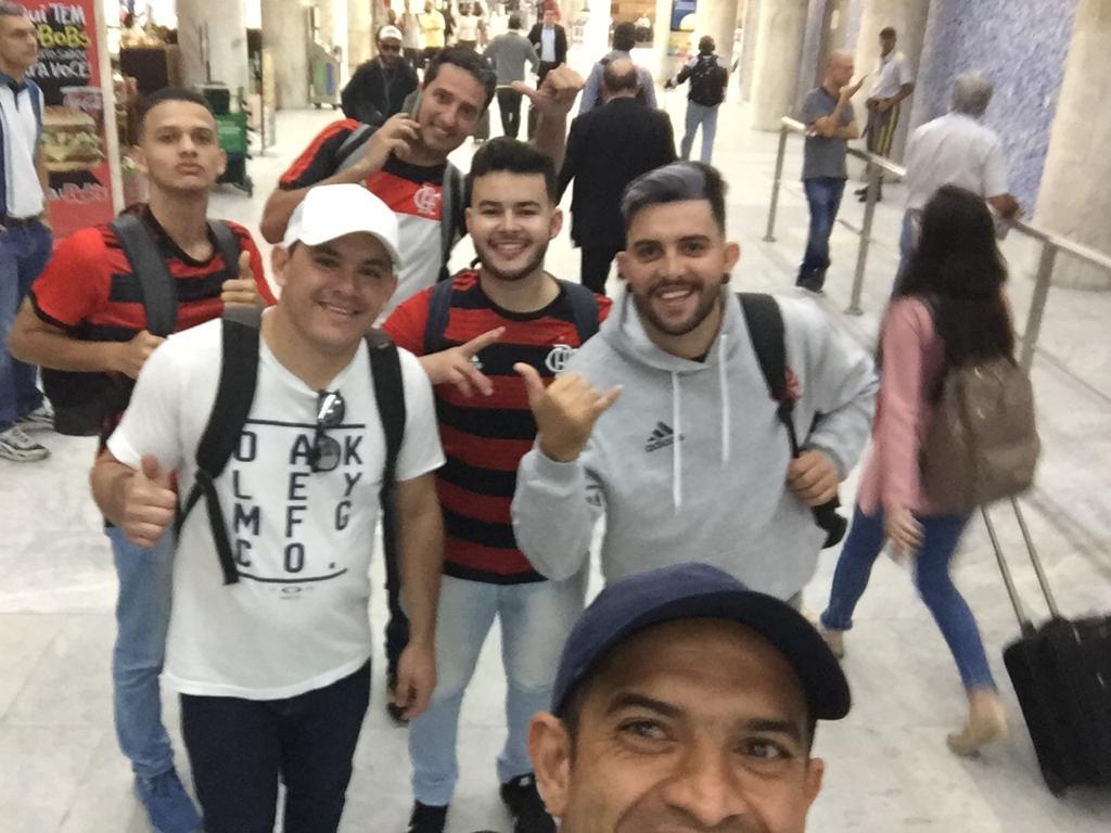 Vazantinos chegam no RJ para assistir jogo do Flamengo pela Libertadores