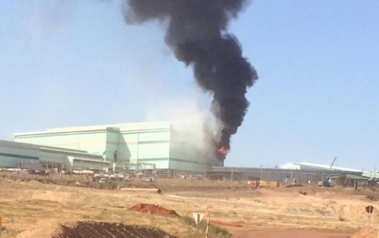 Incêndio na área industrial da KINROSS assusta moradores de Paracatu