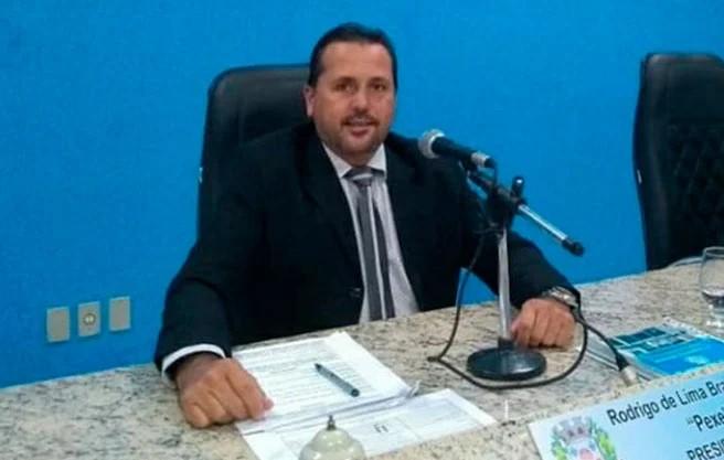 Presidente da Câmara Municipal de Lagoa Formosa é procurado por esfaquear desafeto