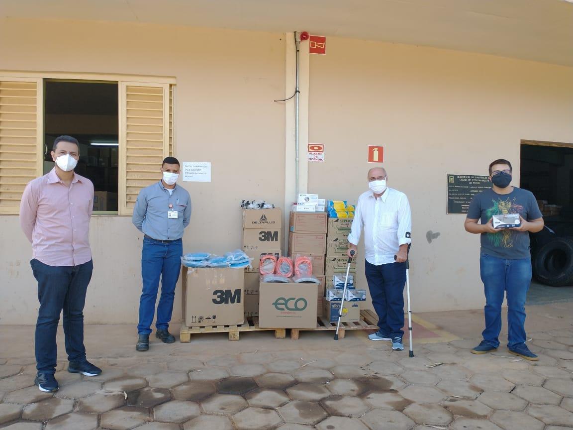 ArcelorMittal entrega equipamentos de segurança para serem usados pelos profissionais de Saúde do município