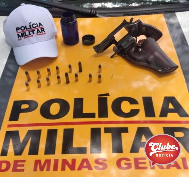 Polícia Militar Rodoviária apreende arma e munições durante abordagem na MGC-354, em Presidente Olegário