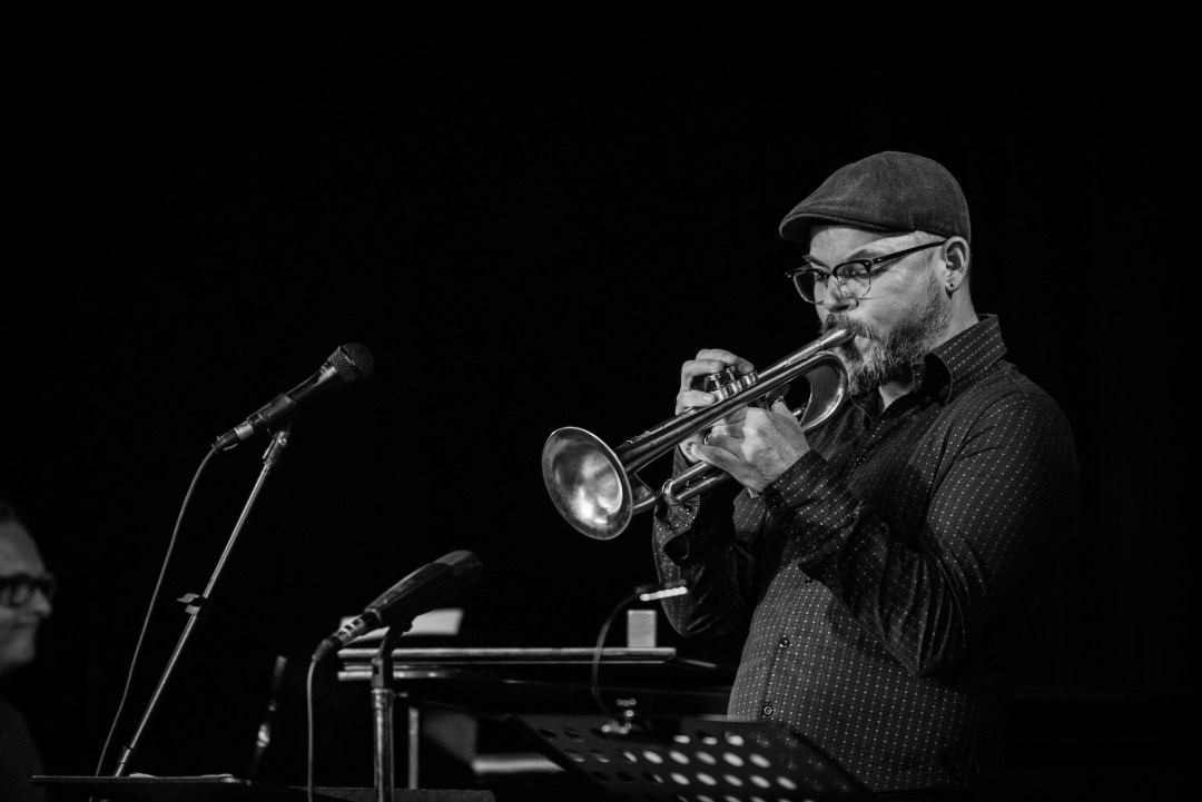 charlie porter playing trumpet