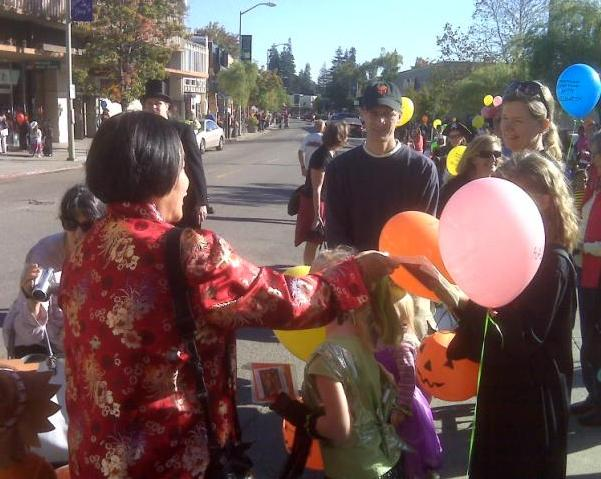 Halloween 2009 - Council Rep Quan