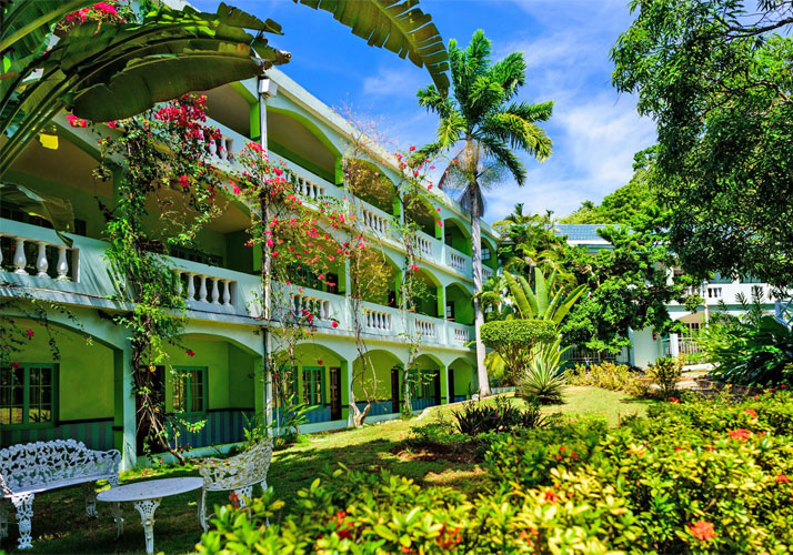 Doctor's Cave Beach Hotel, Montego Bay