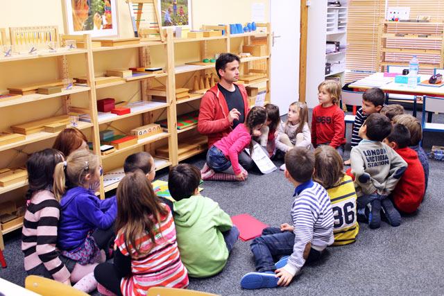 Leçon d'histoire montessori international Brodeaux