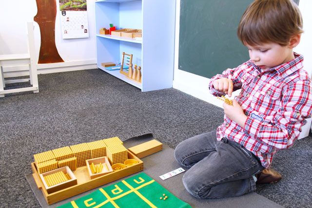 montessori international Bordeaux - enfant et numération